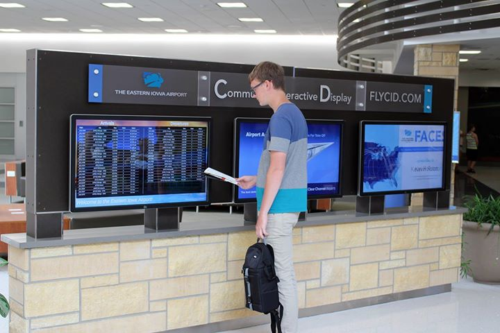 6 Screen Airport Digital Signage Kiosk Greets And Informs