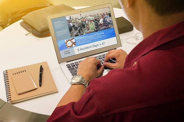 Digital Sign Employee Communications Software - Arreya Digital Signage Suite
