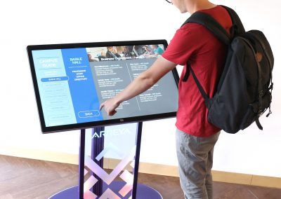 Touch_Screen_Stand_Kiosk_P3